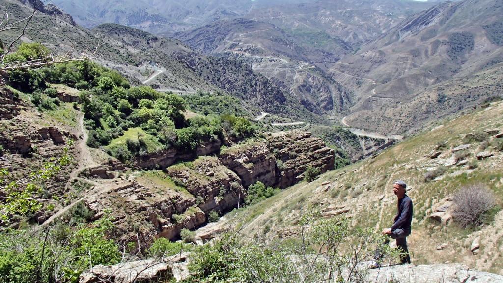 سفر به اسفاران ، ارتفاعات طالقان - بهار ۱۳۹۴