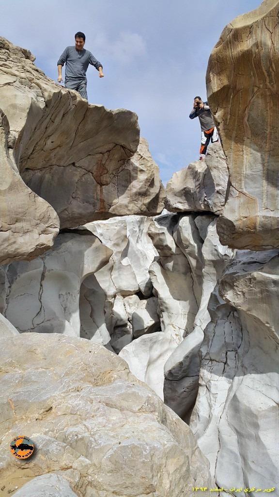 شگفتی آبرفت در صخره های سفید - حاشیه کویر مرکزی ایران - زمستان ۱۳۹۴