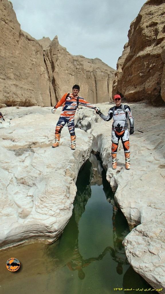 تنگه عجیب و زیبای سنگاب در حاشیه کویر مرکزی ایران – زمستان ۱۳۹۴