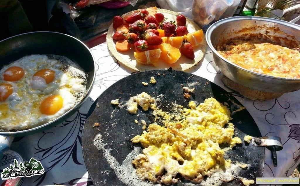 صبحانه در کوهستان در نواحی سربندان تا گرمسار - ۲ و ۳ اردیبهشت ۱۳۹۵