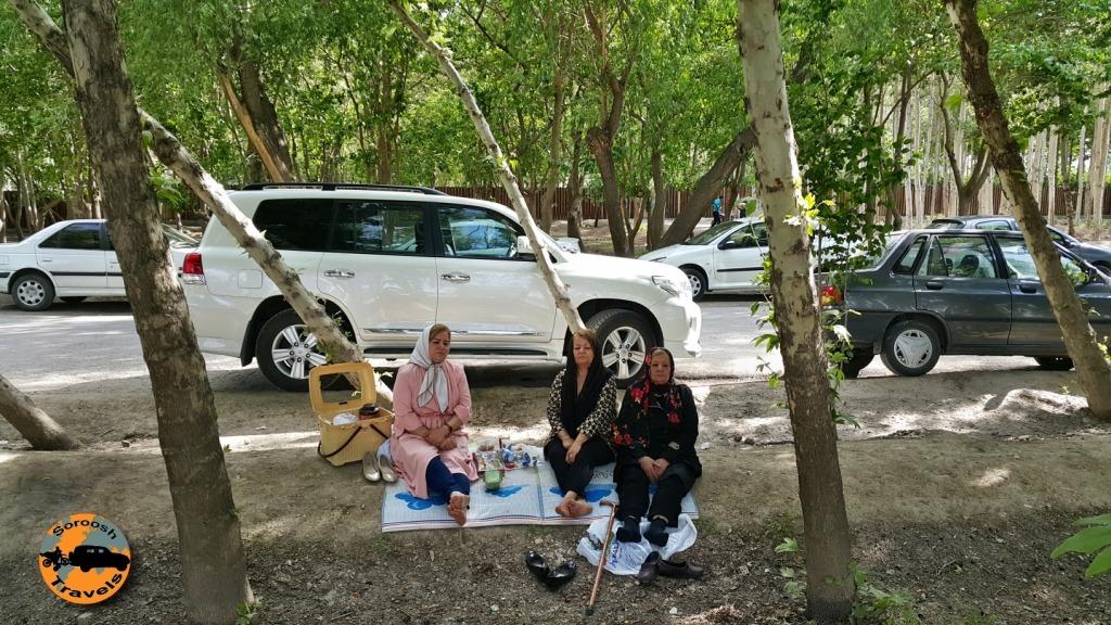 پارک میرزا کوچک خان – زاینده رود – اصفهان : بهار ۱۳۹۵