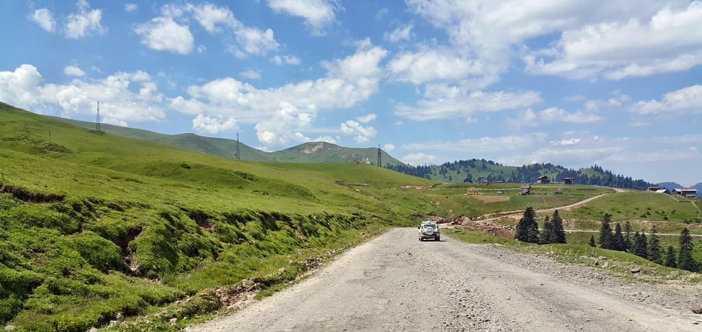 جاده عباس تومانی به باتومی - گرجستان - تابستان 1395