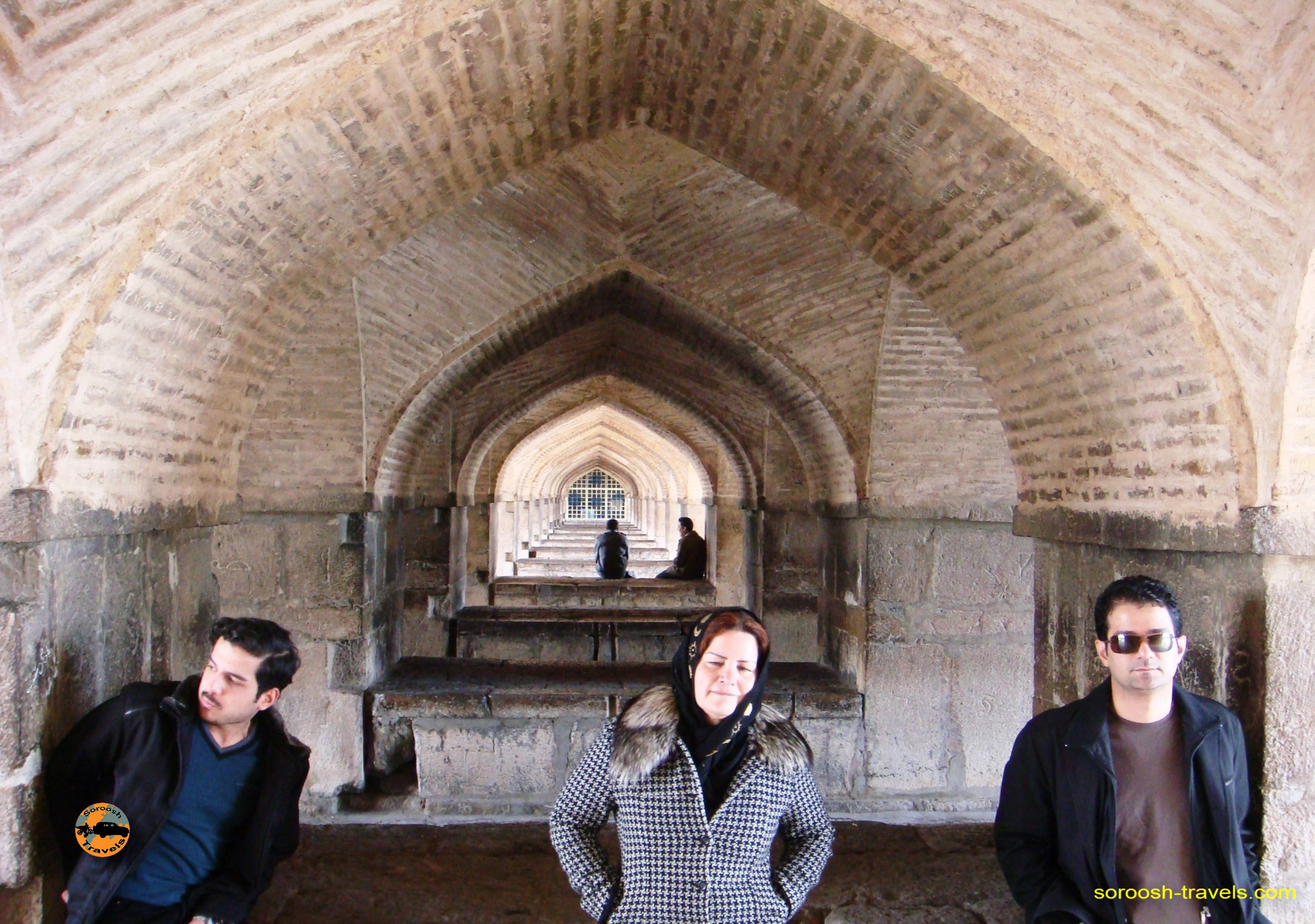 esfahan-koohrang-googad-maranjaab-tehran-winter-1388-5