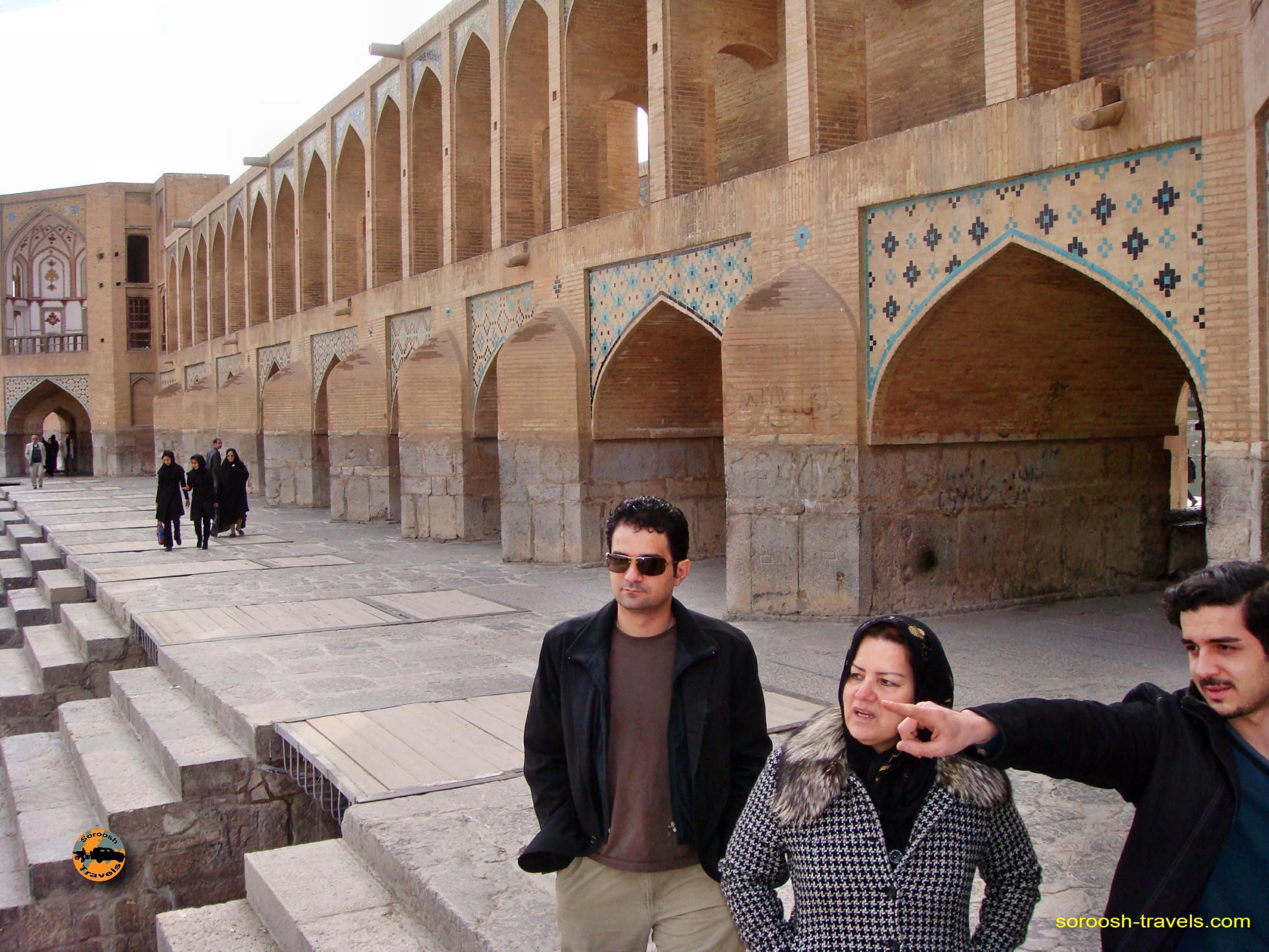 esfahan-koohrang-googad-maranjaab-tehran-winter-1388-7