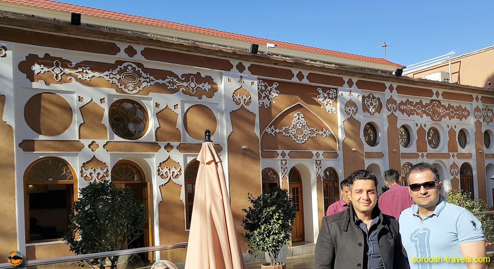 یک رستوران در محله جلفای اصفهان - نوروز ۱۳۹۶