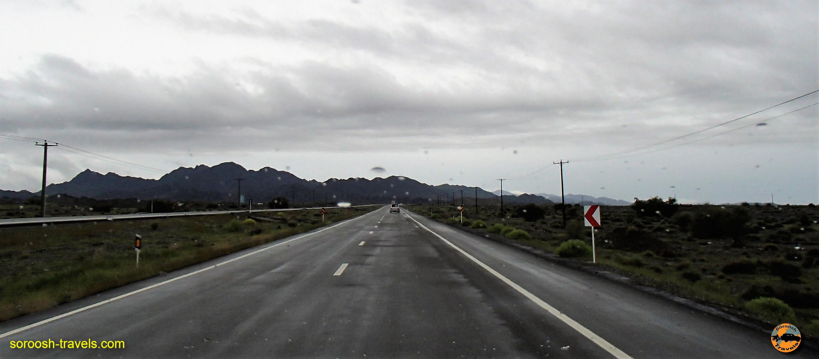 اطراف میناب ، جاده های ایران - نوروز ۱۳۹۶