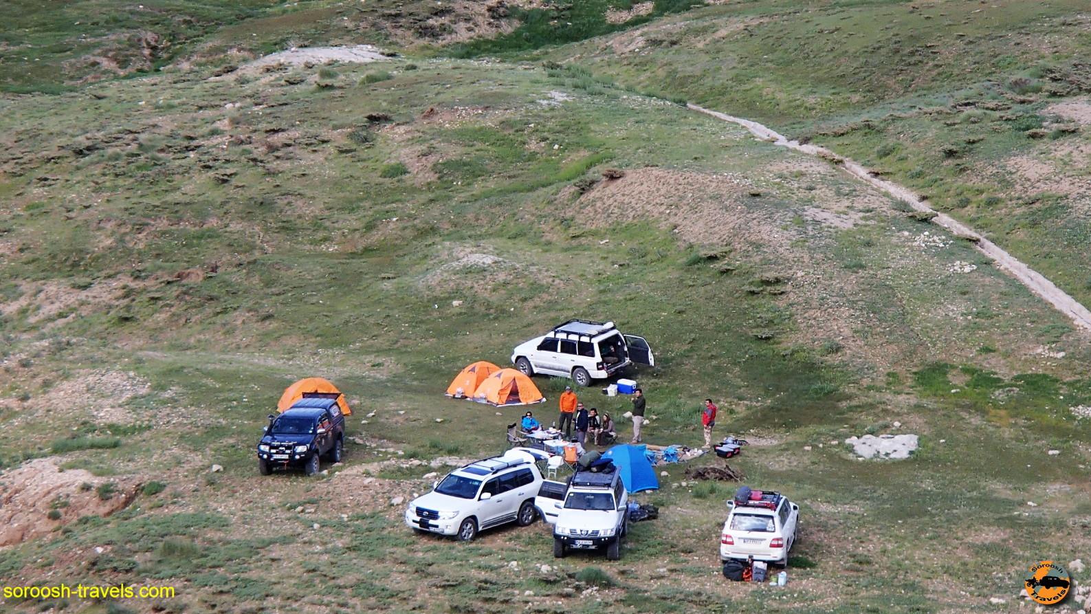 کمپ زدن در زردکوه - خرداد ۱۳۹۶