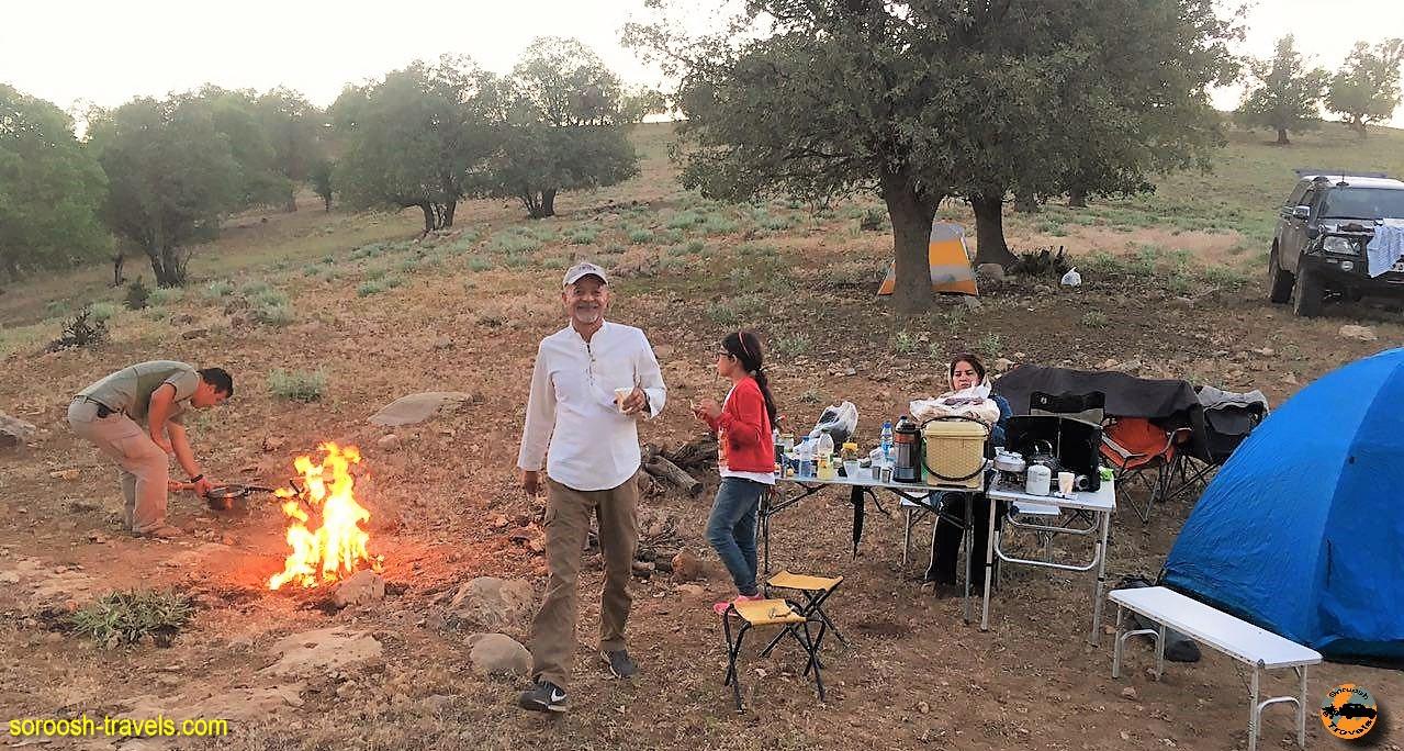 کمپ در سلسله جبال زاگرس شگفت انگیز - خرداد ۱۳۹۶