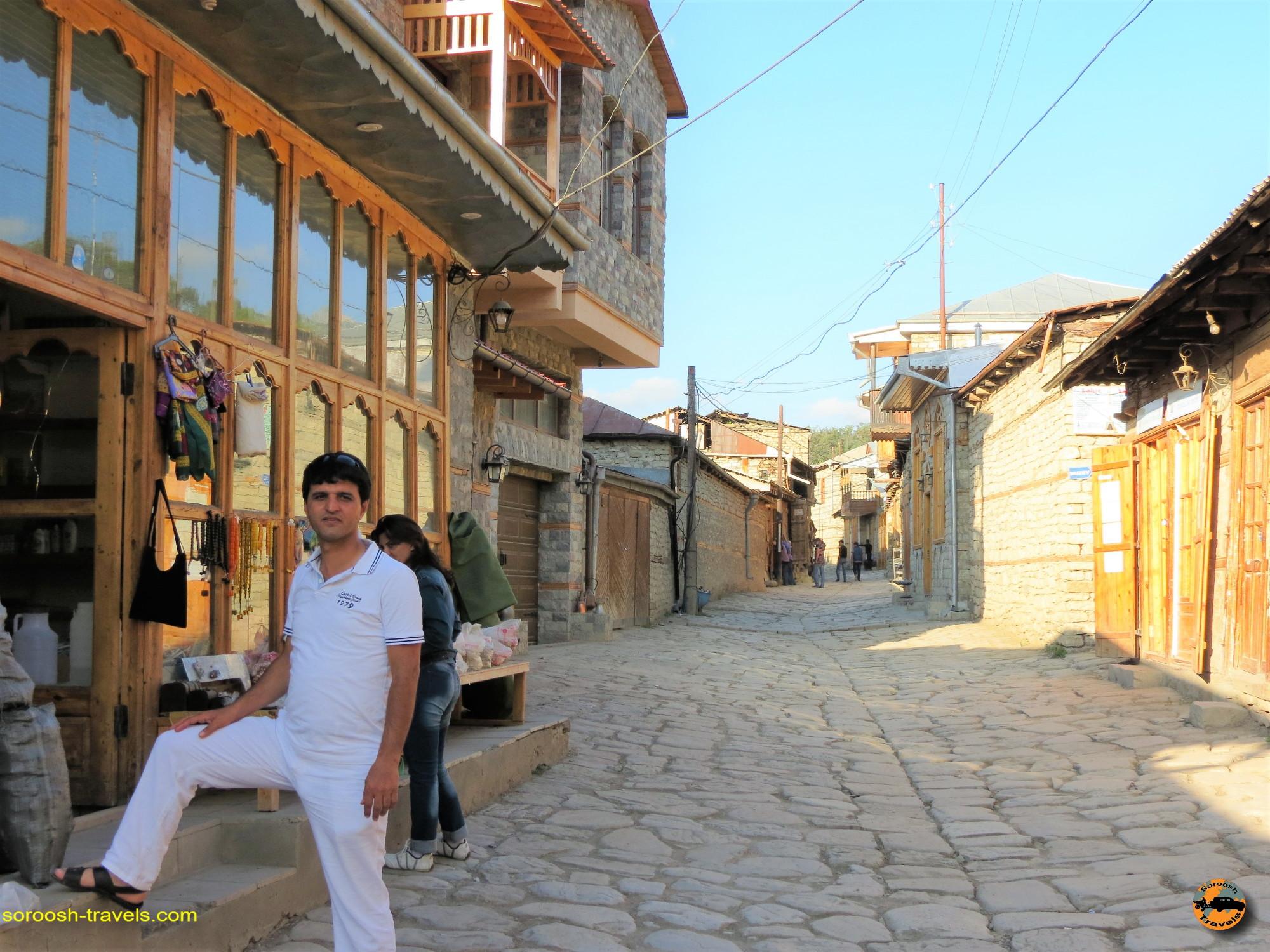 زبان فارسی در کشور آذربایجان - تابستان ۱۳۹۱