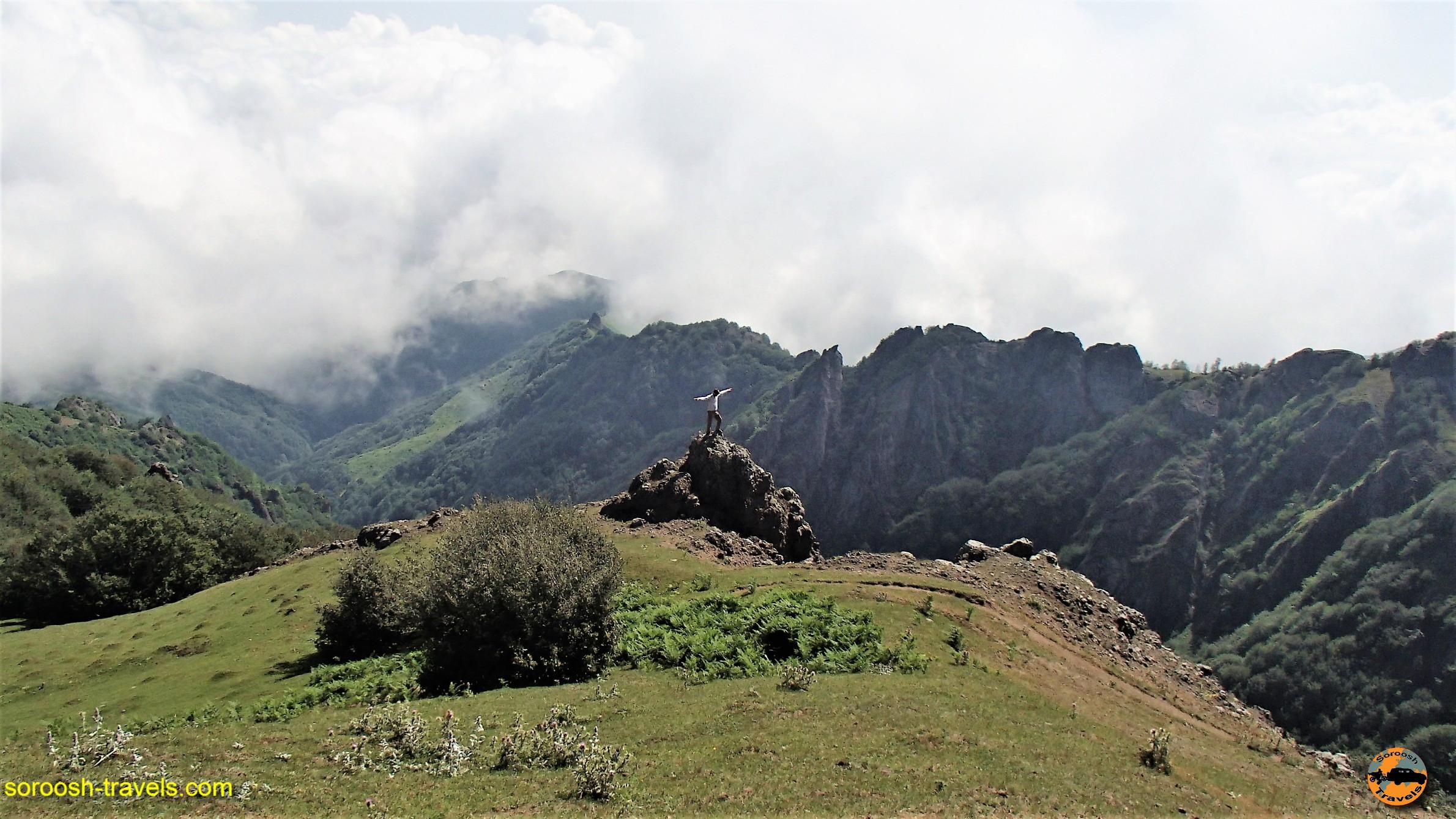 کوههای مجاور دریاچه سوها - تابستان ۱۳۹۶