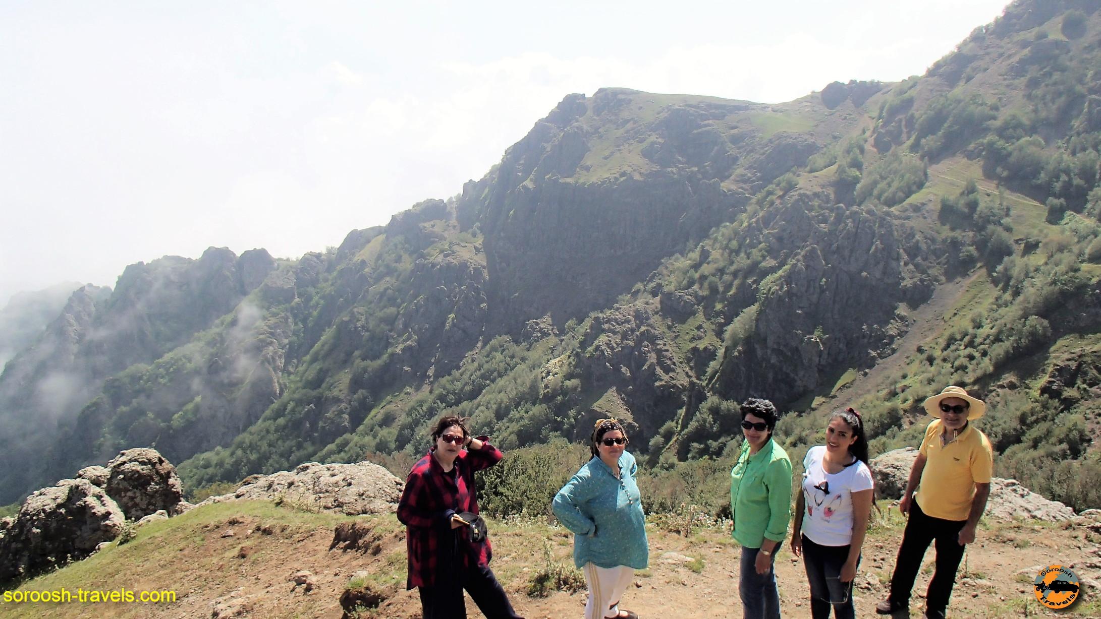 کمپ در ارتفاعات سوها - تابستان ۱۳۹۶