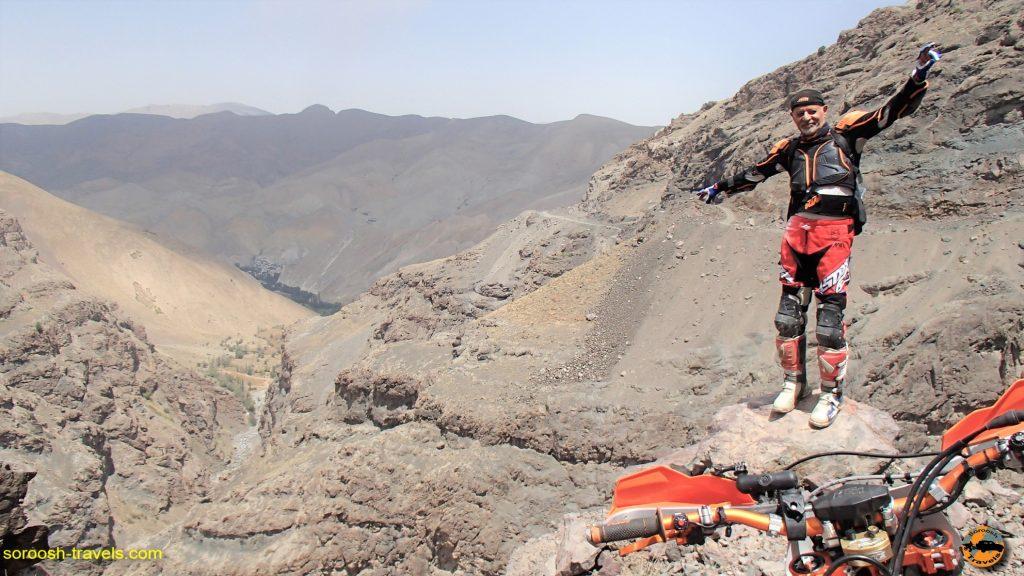 روستای یالرود در مسیر دشت لار به بلده با موتور - تابستان ۱۳۹۶