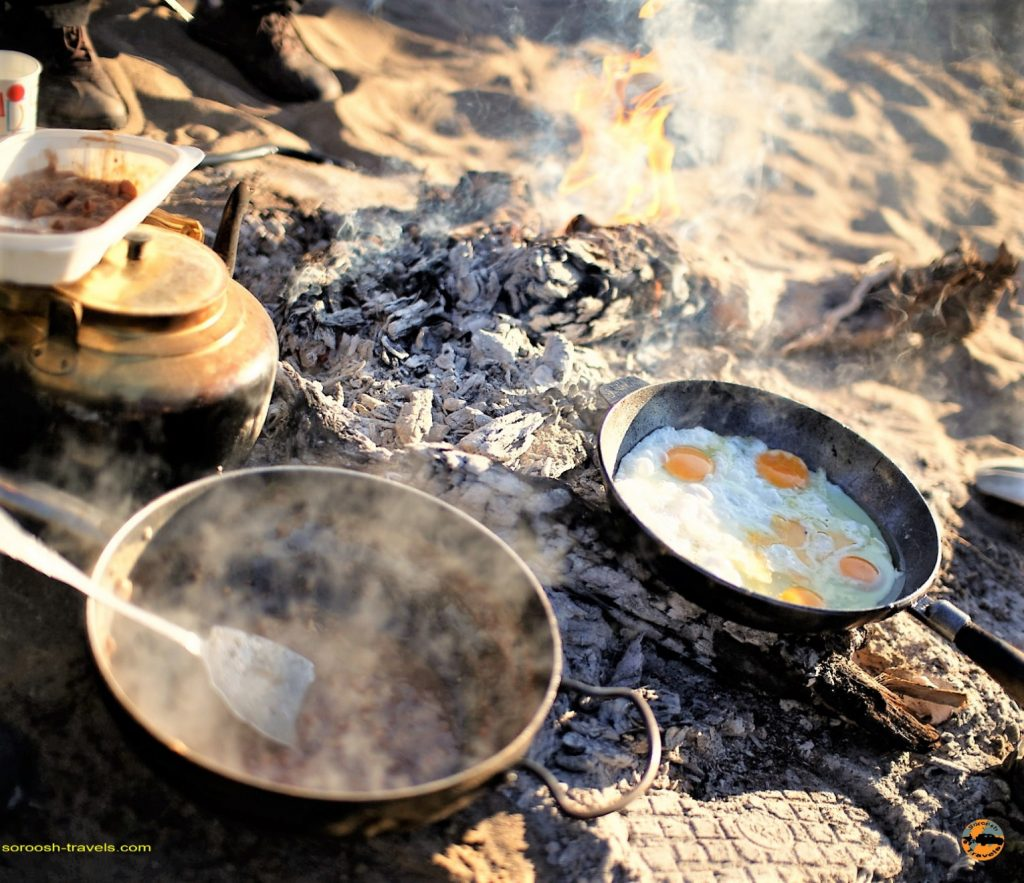 کمپ در کویر : پاییز 1393