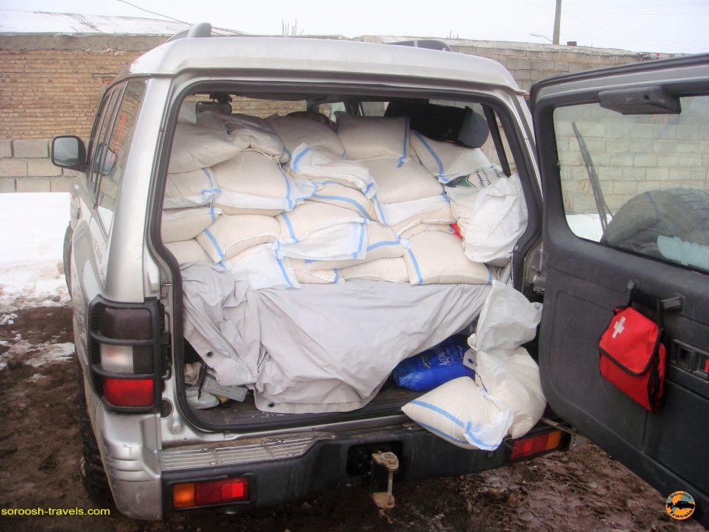 امداد رسانی به زلزله زدگان ورزقان و روستاهای اطراف – زمستان ۱۳۹۱