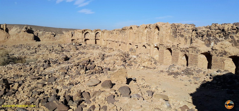 مخروبه حرمسرا در مجاورت کاروانسرای عین الرشید - زمستان 1396