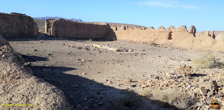 بنای موسوم به حرمسرا در مجاورت کاروانسرای عین الرشید - زمستان 1396