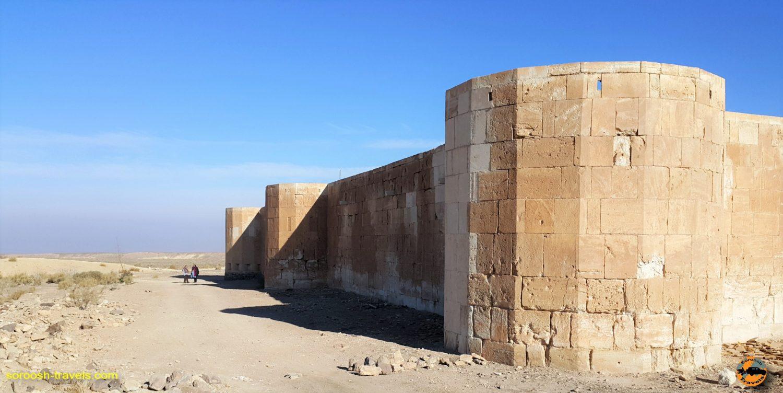 کاروانسرای قصر بهرام، کویر مرکزی ایران - زمستان ۱۳۹۶