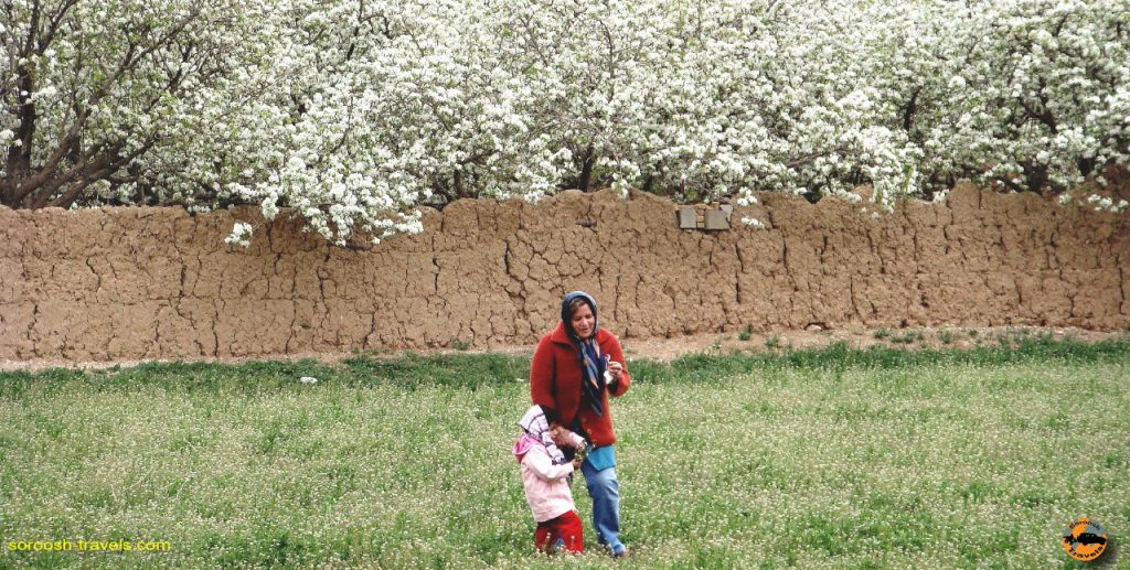 روستای کهریزسنگ، اصفهان – نوروز ۱۳۸۹