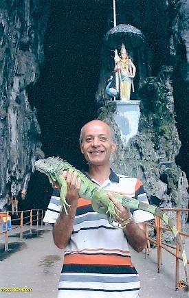 غار باتو (Batu cave) در مالزی – تابستان ۱۳۸۲