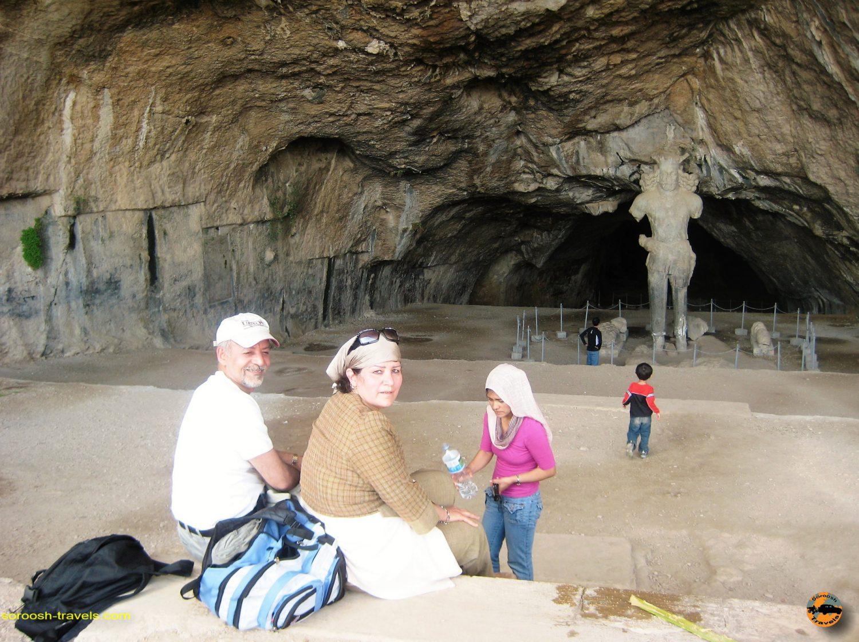 غار شاپور – بهار ۱۳۸۸