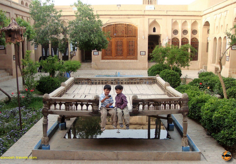 شهر باستانی و زیبای یزد – بهار ۱۳۸۸