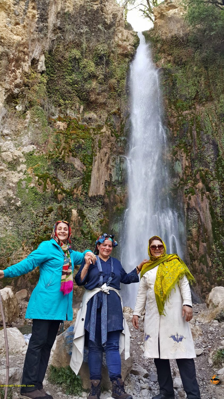طبیعت زیبای آبشار شیوند