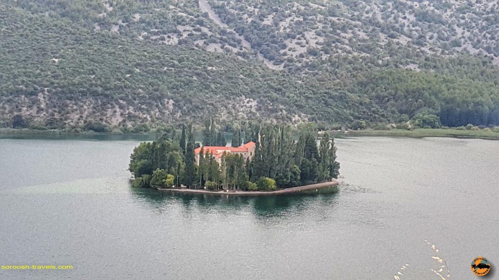 جزیره ویزوواچ در پارک ملی کرِکا در کرواسی