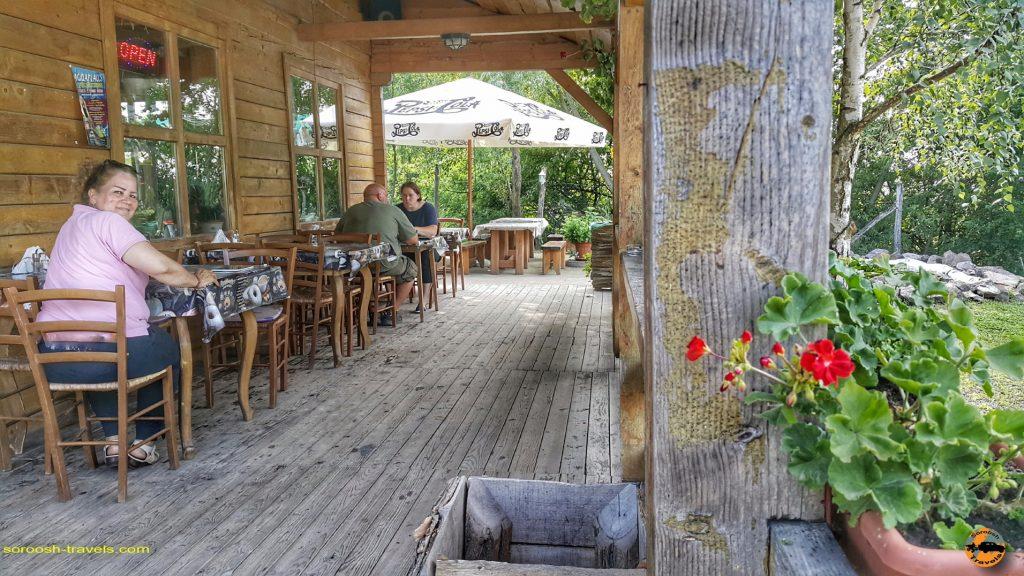 رستوران بین راهی در یک جاده دورافتاده در مجارستان - تابستان 1397
