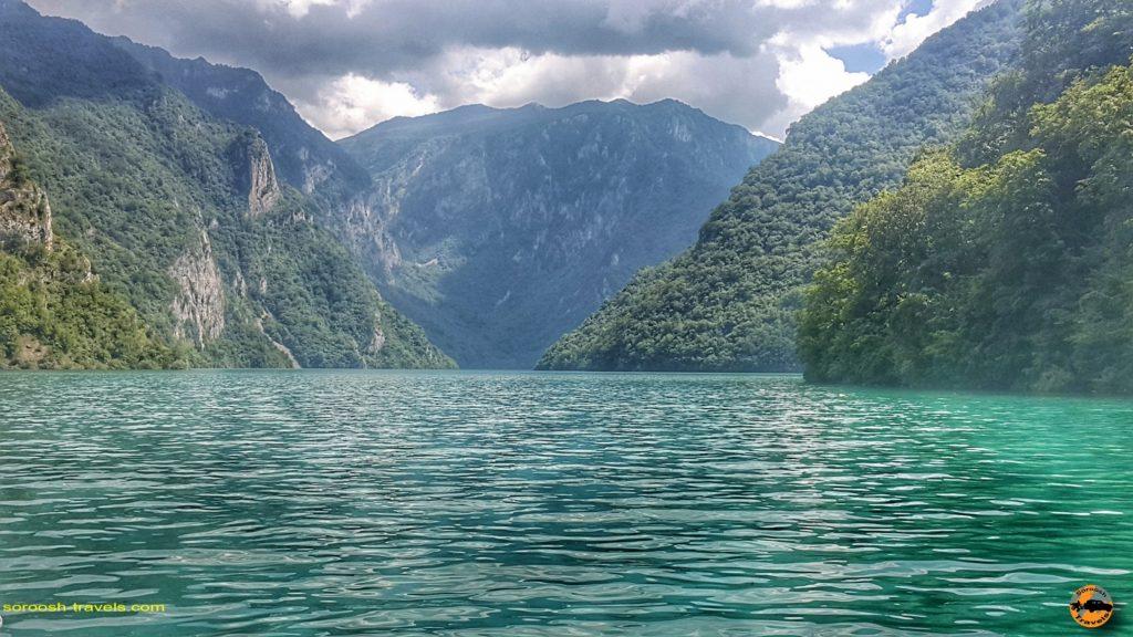 دریاچه پیوا در پارک ملی دورمیتور، شمال غربی کشور مونته نگرو