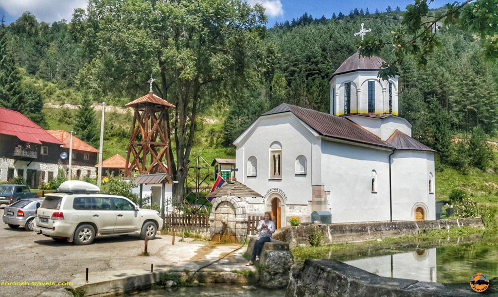 از رودخانه زیبای یوواچ بطرف روستای گوچا در صربستان – ۱۶ مرداد ۱۳۹۷