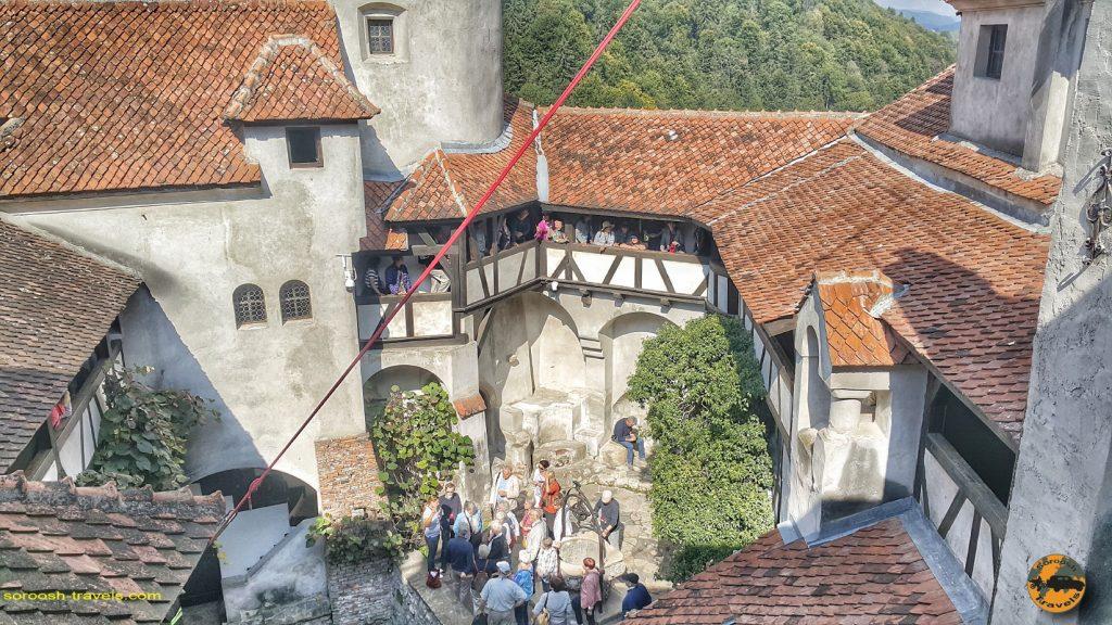 قلعه دراکولا در شهر بِرَن - سفر به رومانی با ماشین - ۱۶ شهریور ۱۳۹۷