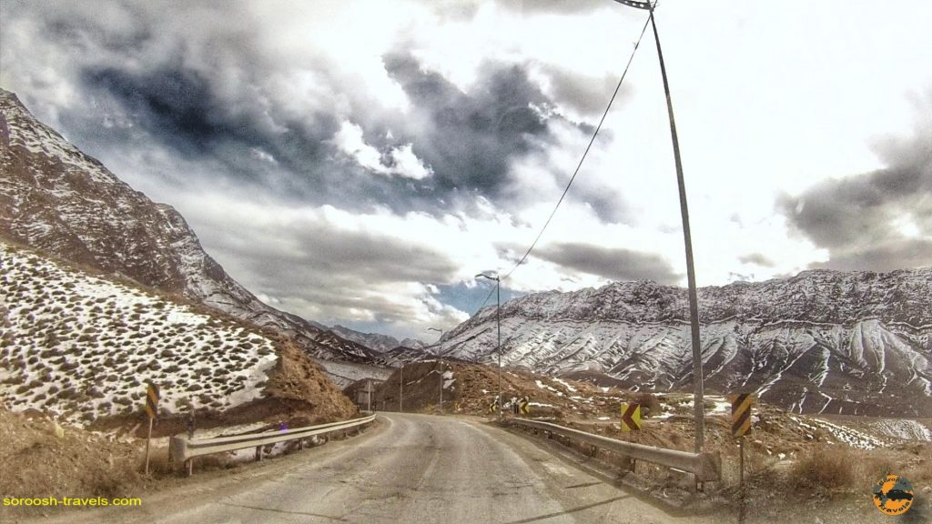 جاده سیرچ به کرمان