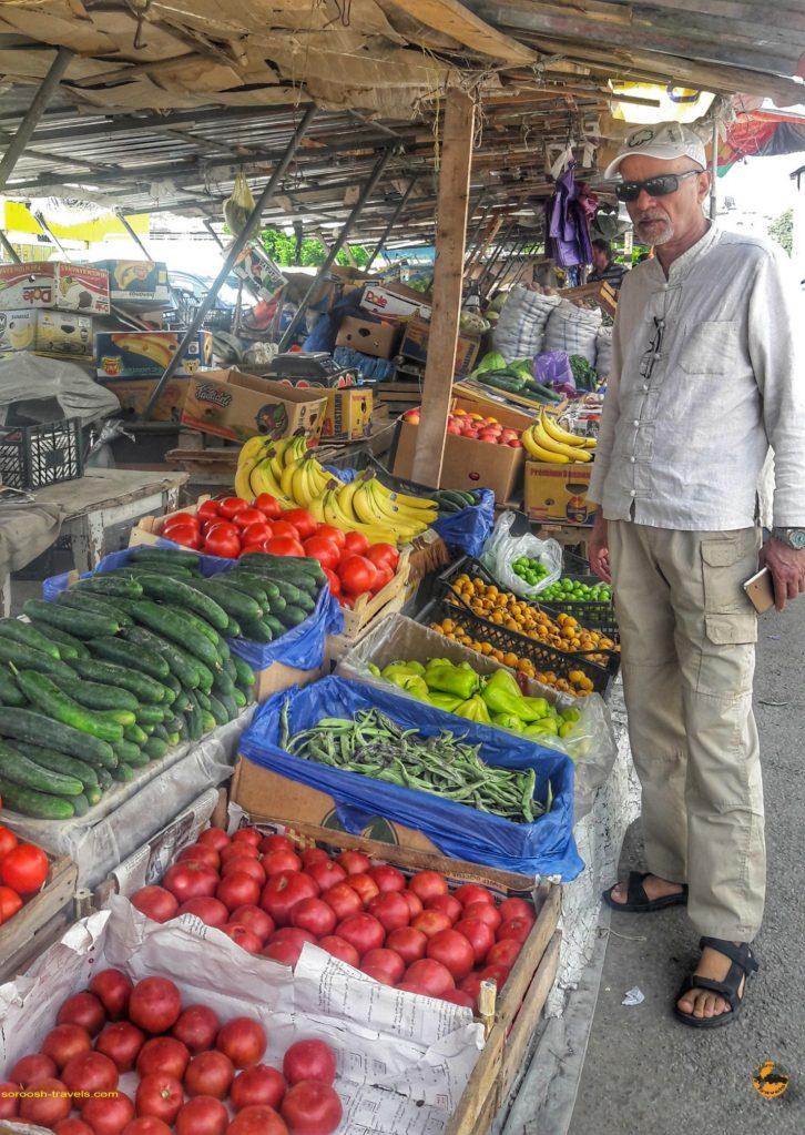 بازار میوه شهر آخالت سیخه در گرجستان