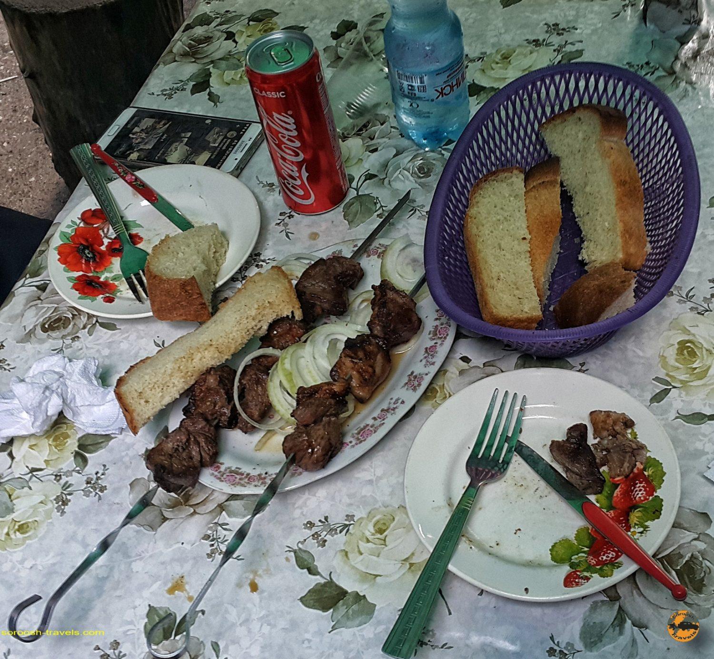 غذا در آبشار چِگِم در روسیه - تابستان 1398 2019