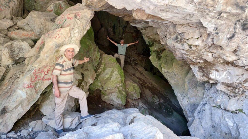 غار یخ مراد در مسیر گچسر به طالقان - بهار 1400 - 2021
